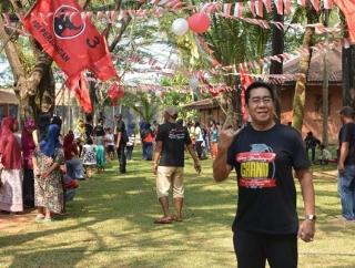 Menangis & Tertawa Bersama Rakyat, Henry Gelar Lomba 17an