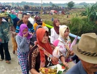 Ganjar Hadiri Syukuran Panen Warga Desa Kendengsidialit