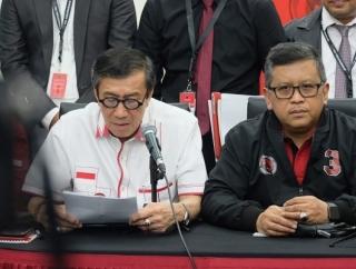Jokowi Tak Masalah Yasonna Gabung ke Tim Hukum Banteng