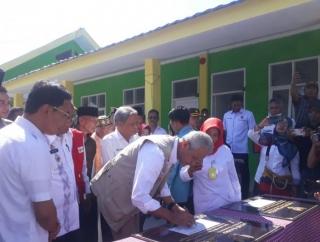 Ganjar Resmikan MTs Alkhairaat Bantuan Masyarakat Jateng