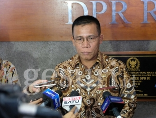 Duet Prabowo-Puan, Masinton: Pilpres Masih Lama