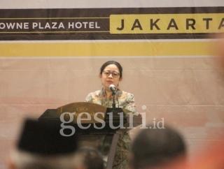 Puan Minta Anggota DPR Kenakan Jas dan Dasi