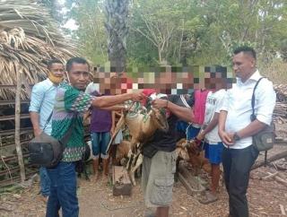 KLHK dan Ansy Beri Bantuan Bagi Kelompok Tani Hutan