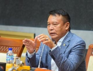Hasanuddin Pertanyakan Sikap Indonesia Terhadap AUKUS