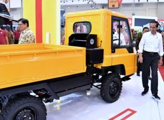 Presiden: Indonesia Jangan Sampai Dikuasai Mobil Impor