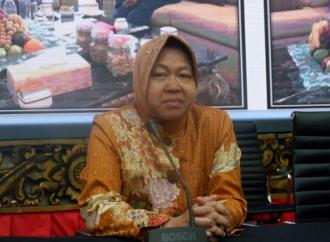 Risma Tangani Siswa Putus Sekolah di Surabaya