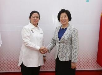 Puan Bertemu dengan Utusan Presiden Tionghoa