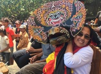 Eva Bangga Milenial Minat Lestarikan Reog Barong di Blitar