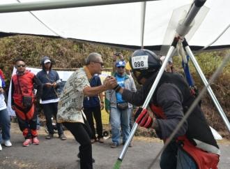 Ganjar Dorong Telomoyo Cup Jadi Kejuaraan Gantole Dunia