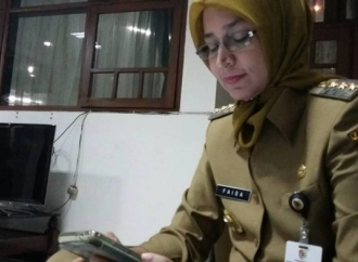 Faida Jelaskan ke Warga Terkait Surat Menteri ESDM