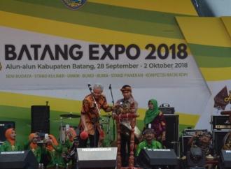 Tutup Batang Expo, Ganjar Terpesona Grup Karawitan