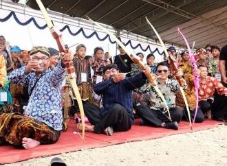 Wali Kota Rudy Buka Kompetisi Jemparing
