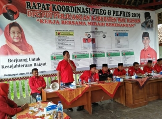 Di Way Kanan, Henry Sampaikan Capaian Prestasi Jokowi