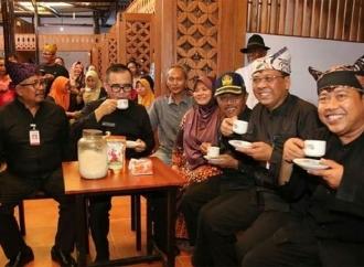 Anas Sulap Pasar Sritanjung Seperti Pasar Chatuchak