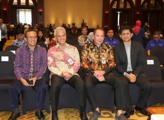 Ganjar Terima Penghargaan LHKPN dari KPK