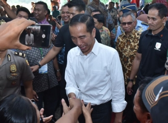 Jokowi Arahkan Relawan Sambangi Rakyat