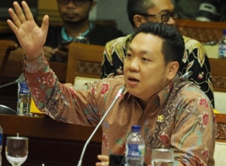 Prabowo Sebut Stok Beras hanya 3 Minggu, Charles: Hoax Lagi