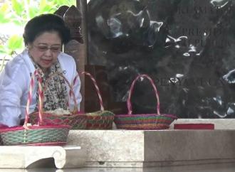 Jelang Ramadhan, Megawati Ziarah ke Makam Bung Karno