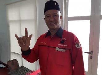 Mukhlis Basri Bawa Kursi Sendiri dari Lambar ke Senayan