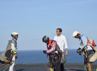 Jokowi Tinjau Pembangunan 'Sport Tourism' dari Dana Desa