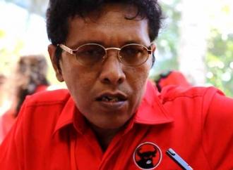 Adian Napitupulu Siap Kawal Jokowi dan Demokrasi