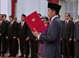 Presiden Angkat Letjen TNI Hinsa Siburian Jadi Kepala BSSN