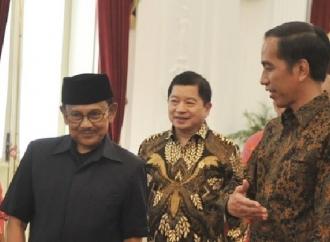 Habibie ke Istana Ucapkan Selamat ke Jokowi
