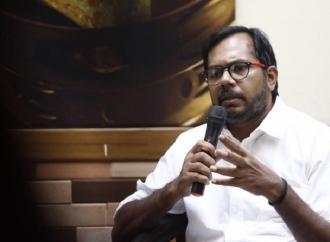 Penolakan Haris Azhar Jadi Saksi di MK, Pukulan Balik ke 02