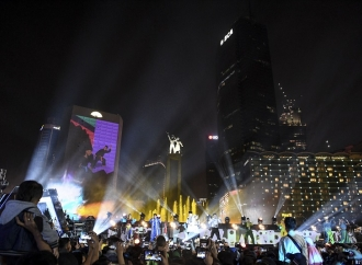 Benci Tapi Rindu Warga Jakarta ke Ibu Kota Tercinta