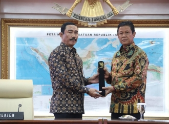Mendagri Tunjuk Wagub Isdianto Sebagai Plt Gubernur Kepri