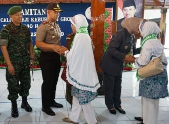 Lepas Calon Jemaah Haji, Ini Pesan dari Bupati Sri
