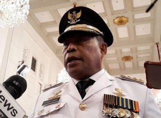 Gubernur Murad Lantik 10 Pejabat Eselon II