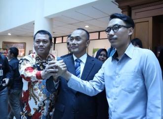 Kasus Data Penduduk, Admin @hendralm Bertemu Kemendagri