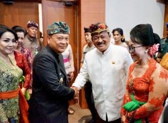 PDI Perjuangan Denpasar Beri Satu AKD Untuk Golkar