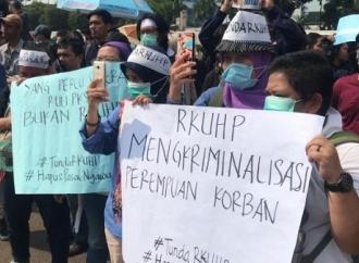 RKUHP, 'Kumpul Kebo' & Zina Hanya Bisa Dilaporkan Keluarga