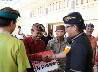 Pemkab Badung Bedah 250 Rumah di Klungkung