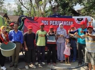 PDI Perjuangan Ponorogo Sumbang Air Bersih ke Tiga Kecamatan