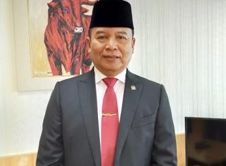 TB Hasanuddin Dukung Jokowi Pangkas Jabatan Eselon