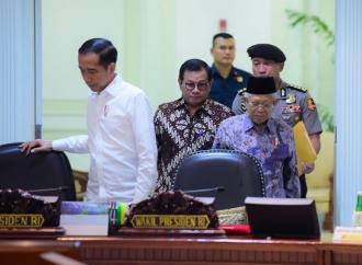 Presiden Pastikan Eselon IV di Tiap Kementerian Dipangkas