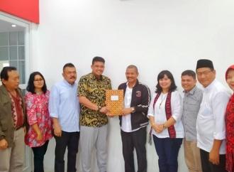 Pilkada Medan, Bobby Afif Kembalikan Formulir ke DPD