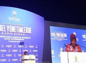 Risma Pamer Keberhasilan Tutup Lokalisasi Dolly di Turki