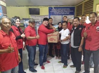 Ketua DPC PDI Perjuangan Cilegon Bantu Korban Banjir