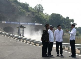 Resmikan Terowongan Nanjung, Minimalisasi Banjir di Bandung