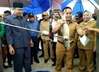 Sugianto Luncurkan Program Asuransi Nelayan Berkah