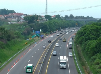 Menteri Basuki Batasi Kendaraan Berat Lintasi Tol Cipularang