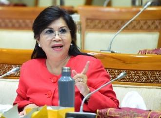 Evita Kritisi Kinerja Semen Indonesia