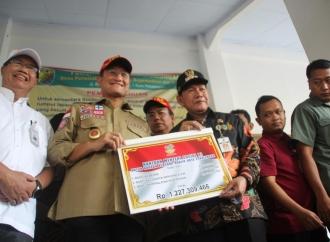 Banjir Pekalongan, Mensos Beri Bantuan Rp1,2 Miliar
