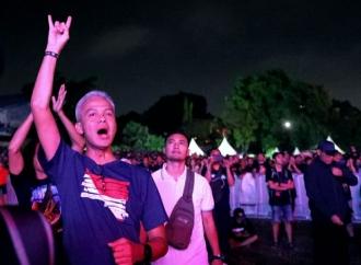 Ganjar Ingin Metallica Konser di Jateng