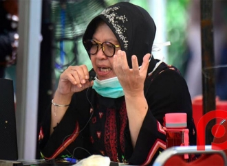Basmi Corona, Risma Ajak Warga Jaga Fasilitas Publik