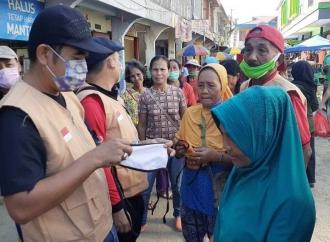 PDI Perjuangan Bengkayang Bagikan Ribuan Masker